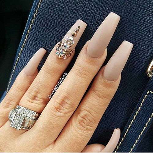 Nails With A Lot Of Diamonds