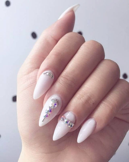 Nails With Pearls And Diamonds