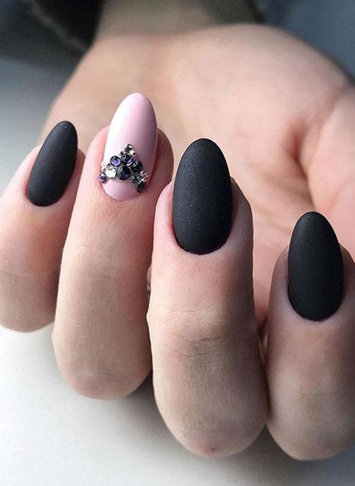 Black Nail Ideas