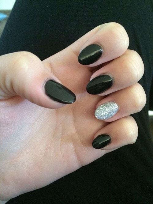 Narrow Almond Nails